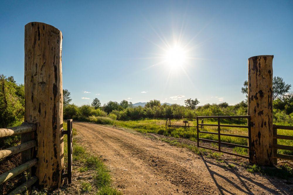 Saul Creative-52 Paige Lane-Twin Bridges Montana-Stonefly Lodge-Nate FInch-8 Land Co-1570