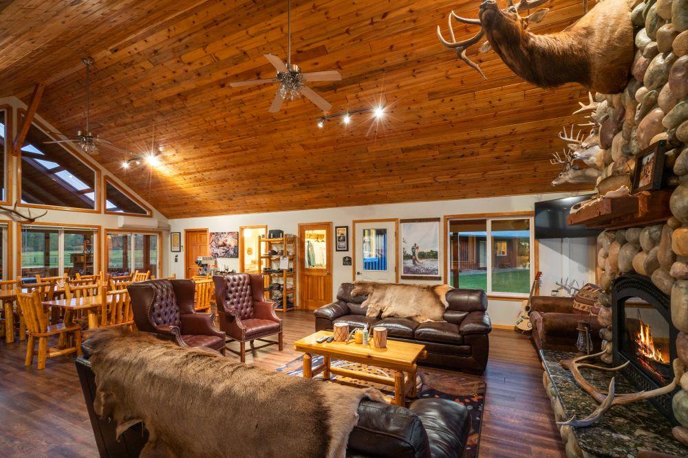 Saul Creative-52 Paige Lane-Twin Bridges Montana-Stonefly Lodge-Nate FInch-8 Land Co-1698